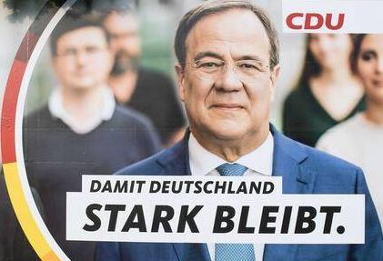 CDU-Wahlplakat mit Armin Laschet