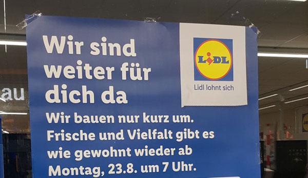 Plakat im LIDL-Schaufenster